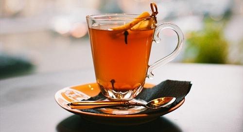 Чай с гвоздикой и имбирем