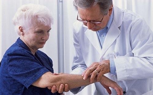 Лечение старческого зуда кожи