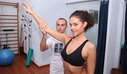 Лечебная гимнастика для плеча