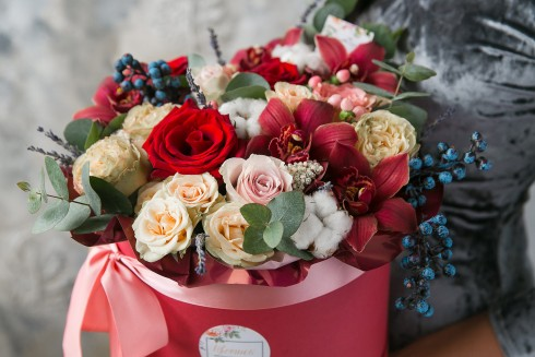 Доставка цветов отличный способ порадовать своих близких красочным цветочным букетом